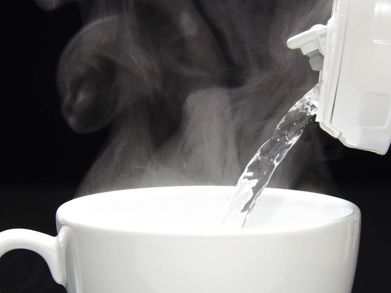 Drink Hot Water And Stay Healthy: Know about the health ...