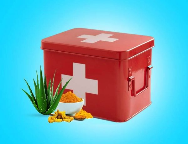 How To Make A Natural First Aid Kit
