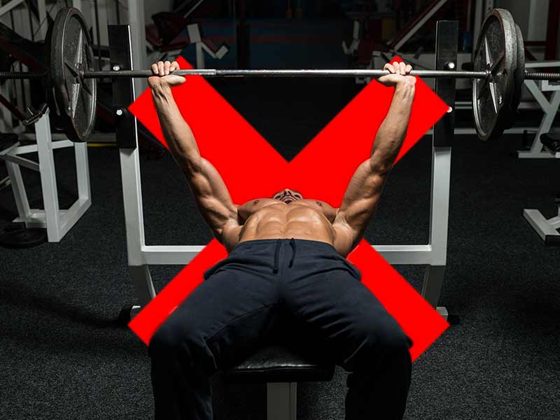 What mistakes you should never commit while practicing bench press