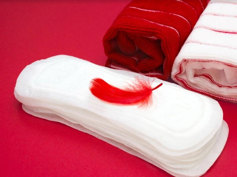 What is the difference between period blood and spotting