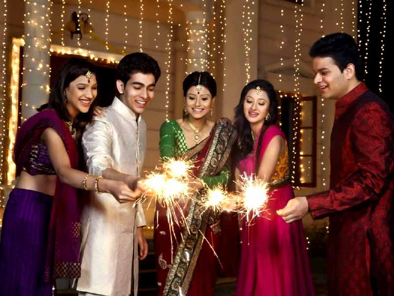 Diwali 2017 things to do during diwali that keep yourself safe