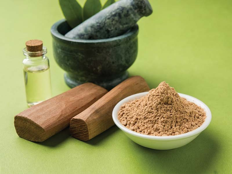 beauty benefits of sandal wood powder