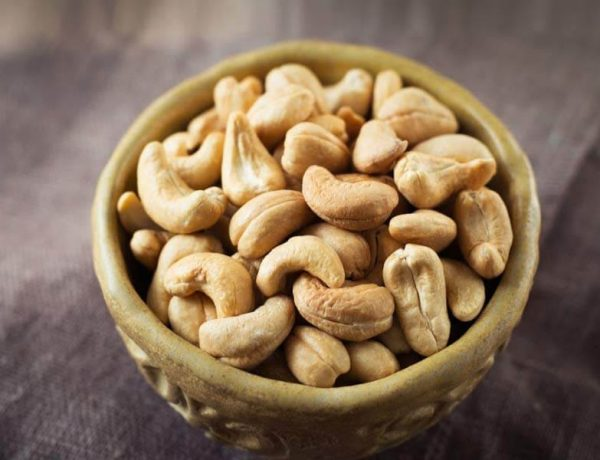consuming cashew nuts is beneficial for health