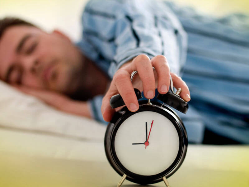 How oversleeping affects your body in a negative way