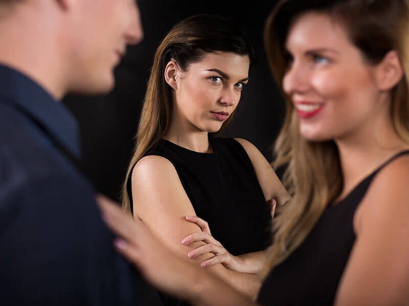 What are the signs that your partner holds jealousy and insecurity in relationship