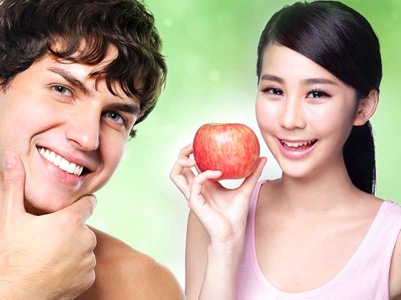 What Are The Beauty Benefits Of Apple On Your Skin