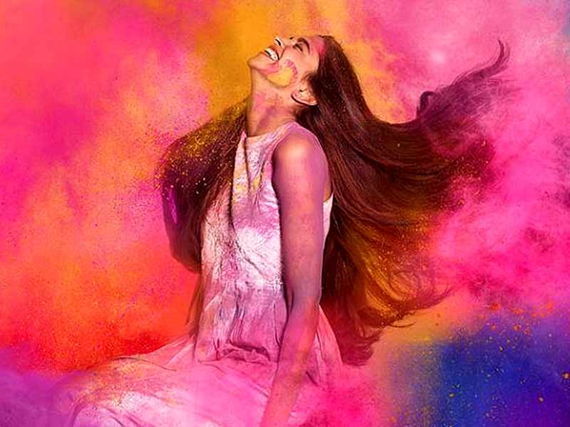 How to protect your hair from colour damage on Holi