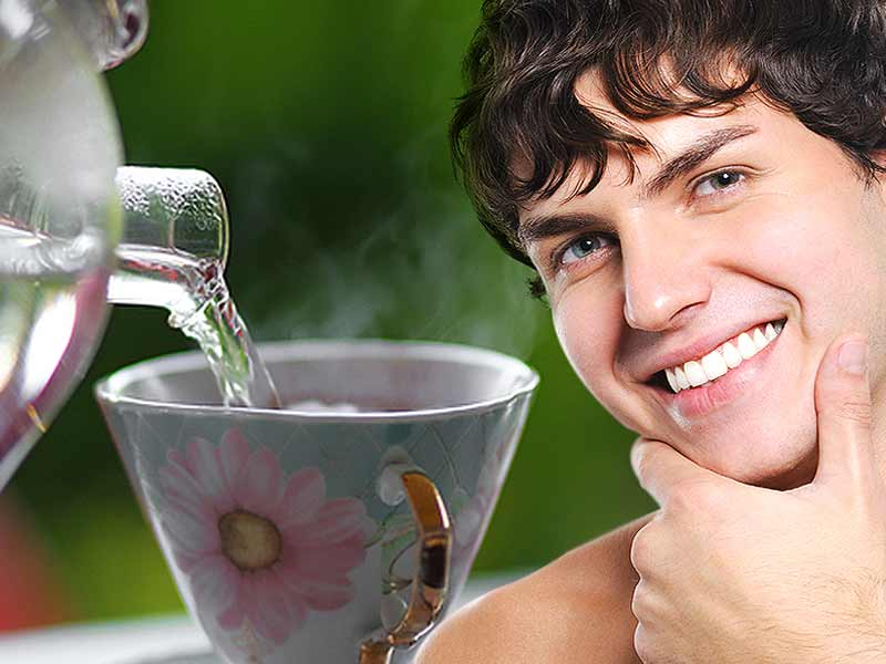 drinking hot water beneficial skin