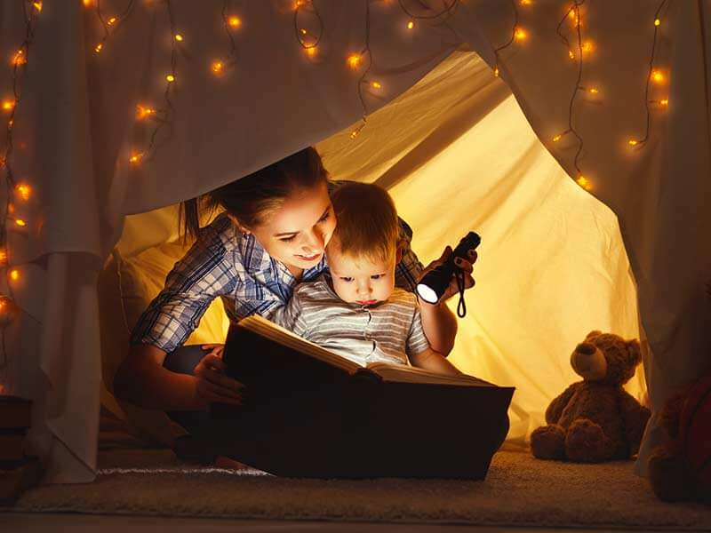 Benefits Of Bedtime Stories Telling To your Baby