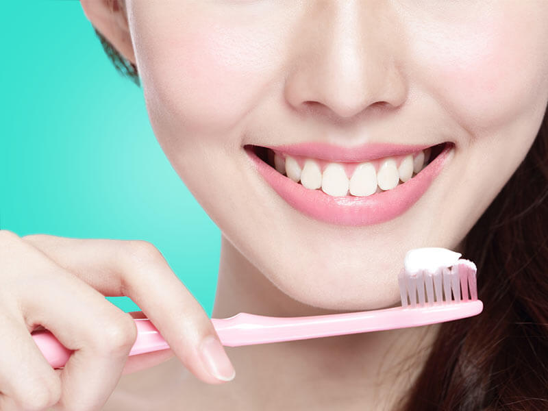 important things you should know about brushing your teeth