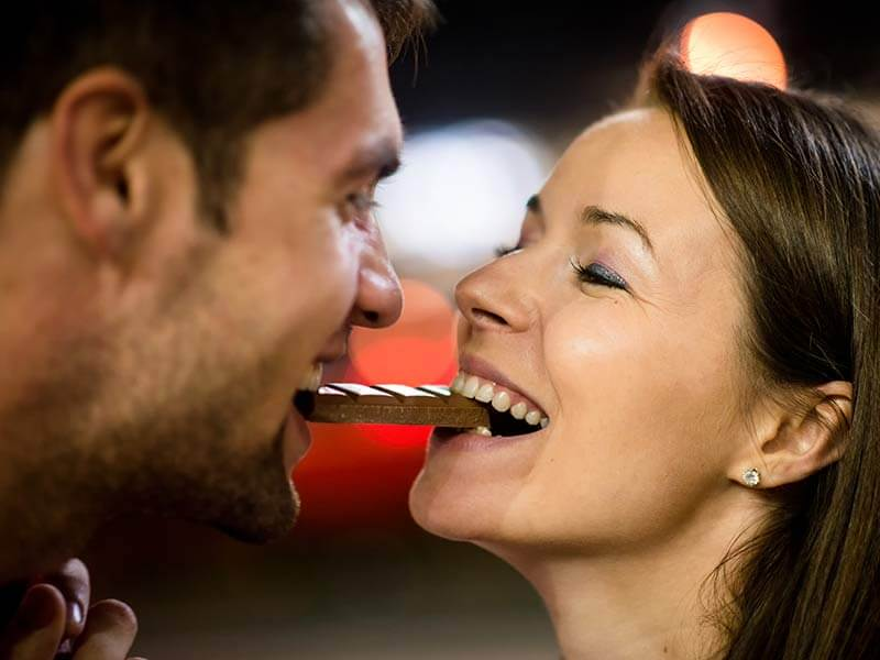 Sexual benefits of eating dark chocolate