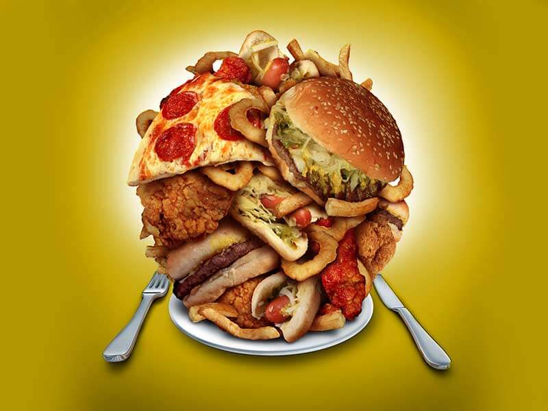 reasons you overeat without realizing