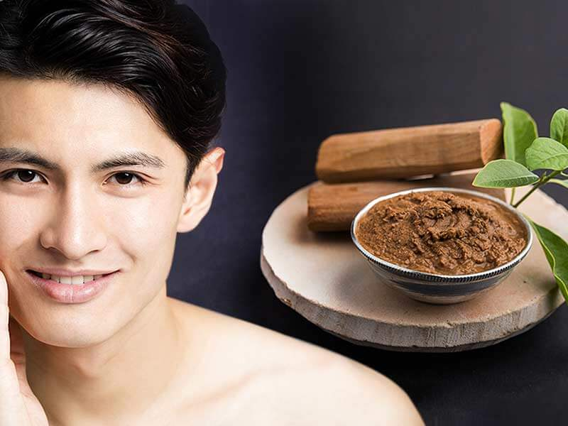 Get flawless skin with herbal face pack