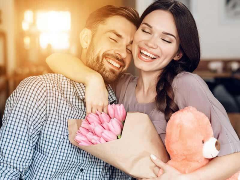 Effective ways to cheer up partner and make them happy