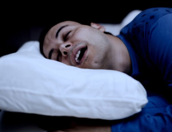 Many health problem triggers if you sleep with open mouth