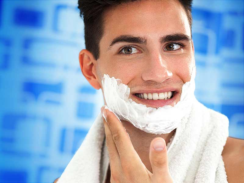 Benefits of using a shaving cream before shaving the hair