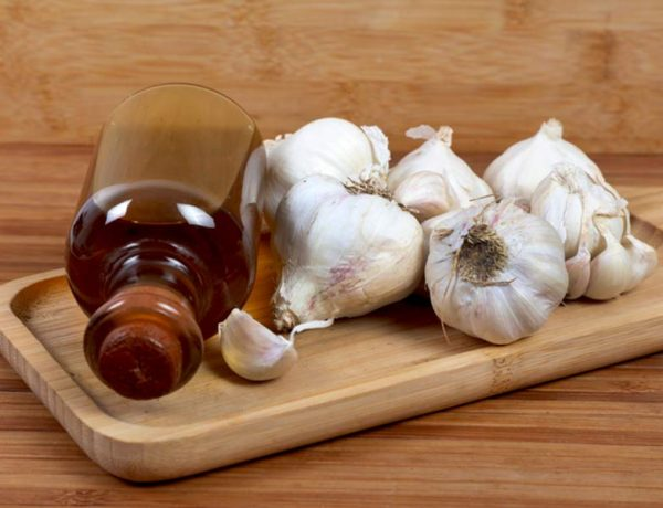 Acne problem can be reduced with garlic oil