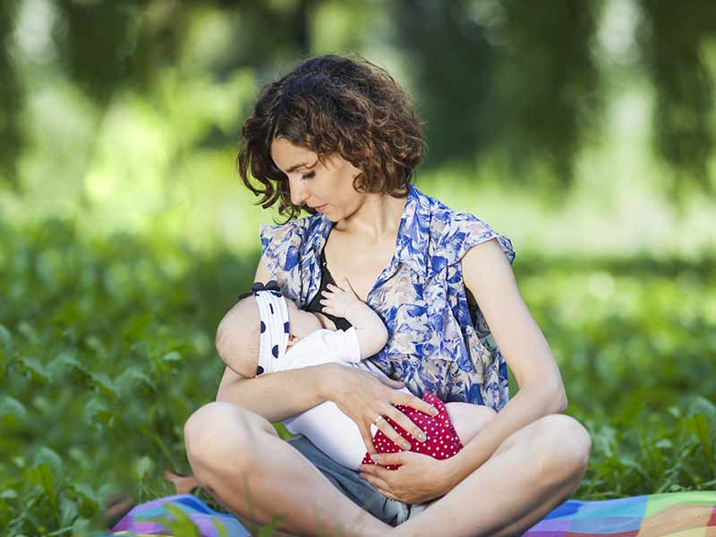 Prevent ear infection by proper breastfeeding