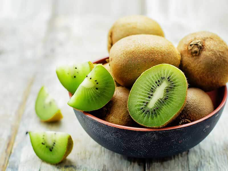which fruits contain antioxidants in a good amount