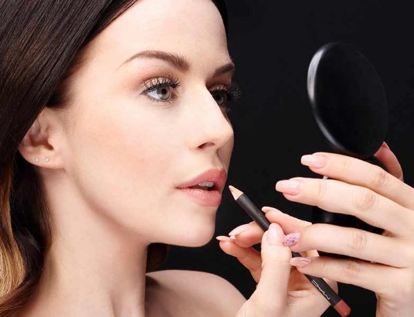 Quick makeup fixes that every girl needs